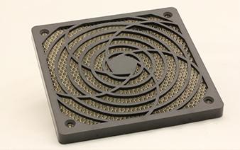 Grille EMI plastique pour ventilateur