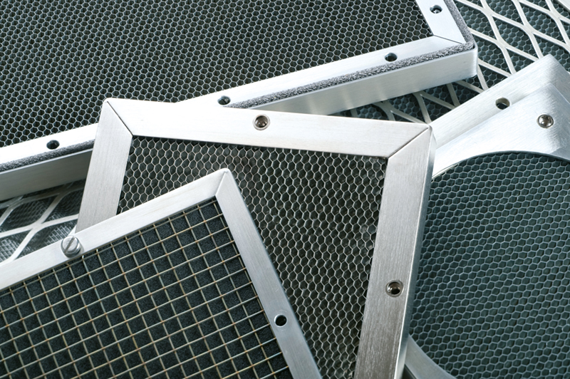 Grilles EMI aluminum pour ventilation
